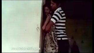 पड़ोसन से हार्डकोर फक गेम वाली तमिल ब्लू पिक्चर